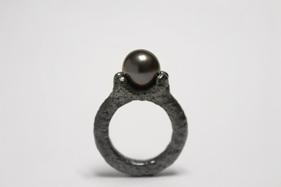 ring : silver, tahitian pearl, niello - 2014
