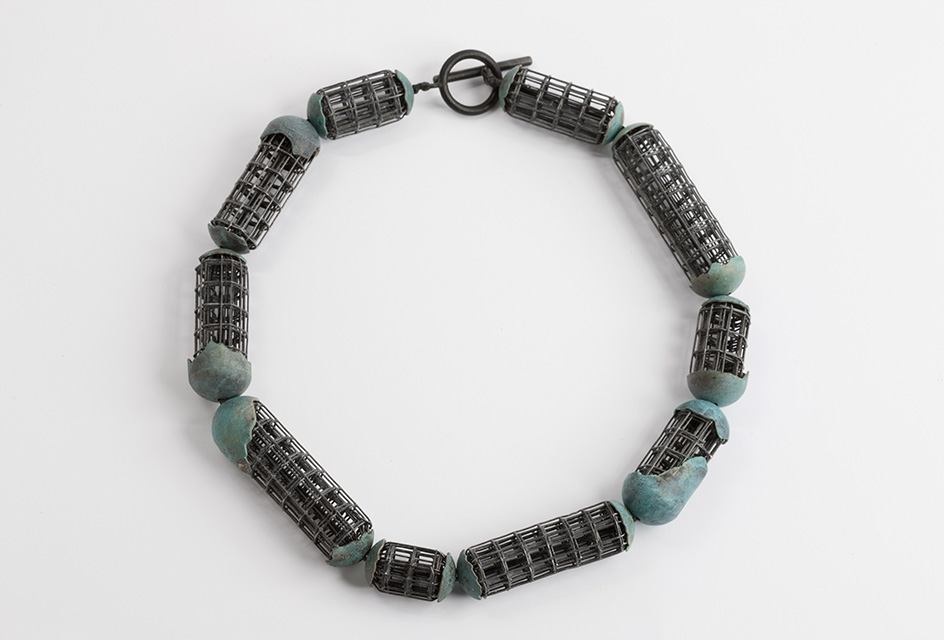 necklace, 2013 : iron, patinated silver