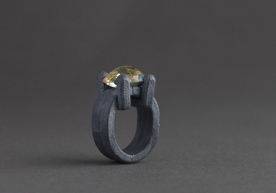ring : oxidized silver, synthetic spinel - 2017