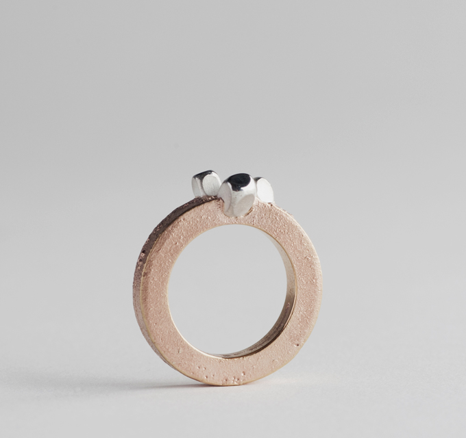ring : red gold, silver - 2017