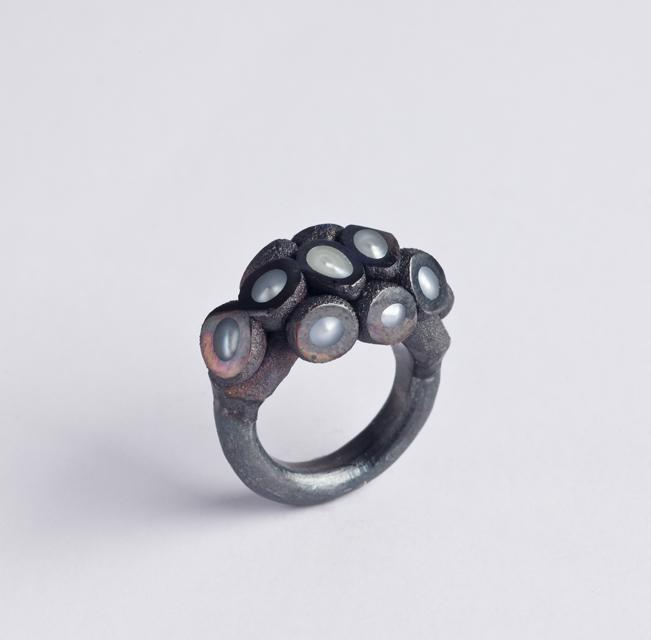 ring : oxidized copper, oxidized silver, pearl - 2019